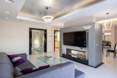 Penthouse for rent in Madrid, Spain, 4 bedrooms, 270.00m2, No. 1492 – photo 7