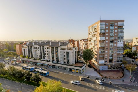 Apartment for sale in Madrid, Spain, 3 bedrooms, 152.00m2, No. 1566 – photo 24
