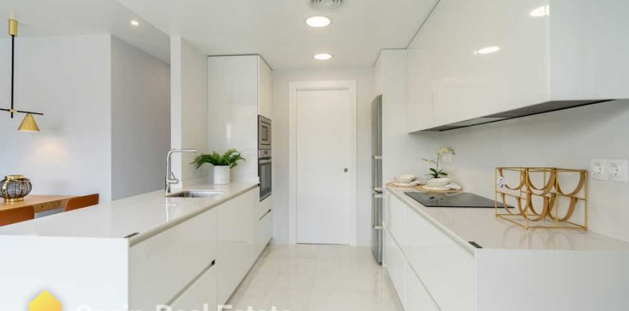 Apartment in Benidorm, Alicante, Spain 3 bedrooms, 129.32 sq.m. No. 1300