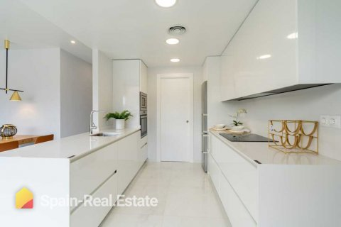 Apartment for sale in Benidorm, Alicante, Spain, 3 bedrooms, 129.32m2, No. 1304 – photo 3