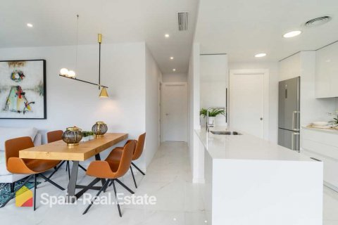 Apartment for sale in Benidorm, Alicante, Spain, 3 bedrooms, 129.32m2, No. 1307 – photo 6