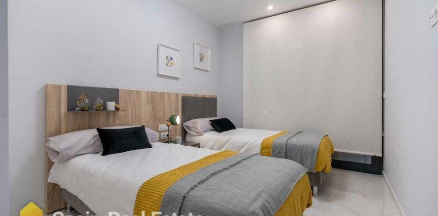 Apartment in Benidorm, Alicante, Spain 3 bedrooms, 129.32 sq.m. No. 1305