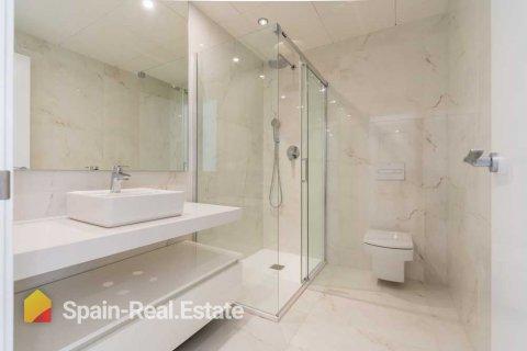 Apartment for sale in Benidorm, Alicante, Spain, 3 bedrooms, 129.32m2, No. 1308 – photo 1