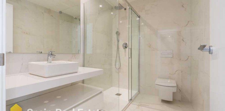 Apartment in Benidorm, Alicante, Spain 3 bedrooms, 129.32 sq.m. No. 1308