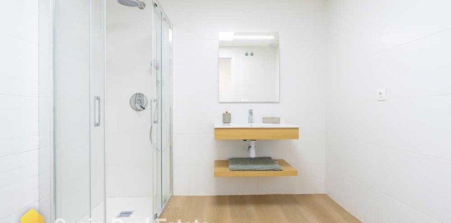 Apartment in Denia, Alicante, Spain 2 bedrooms, 78.08 sq.m. No. 1369