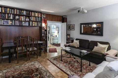 Apartment for sale in Madrid, Spain, 4 bedrooms, 122.00m2, No. 2013 – photo 12