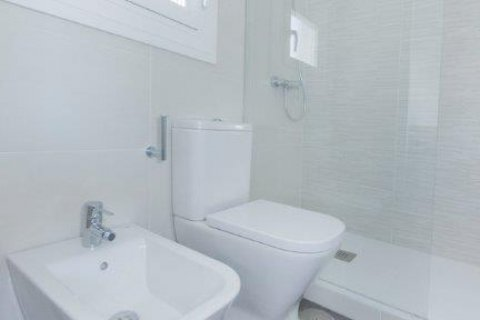 Apartment for rent in Madrid, Spain, 1 bedroom, 80.00m2, No. 1595 – photo 16