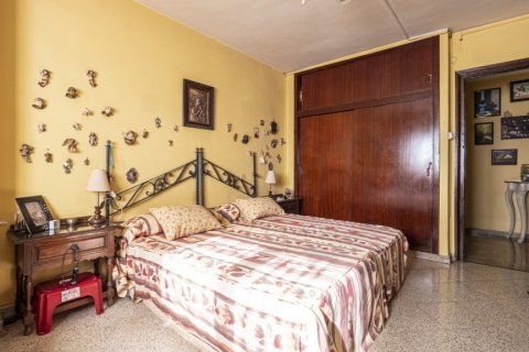 Apartment for sale in Malaga, Spain, 6 bedrooms, 210.00m2, No. 2340 – photo 17
