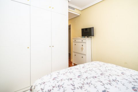 Apartment for sale in Madrid, Spain, 3 bedrooms, 132.00m2, No. 1694 – photo 23