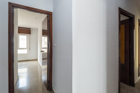 Apartment for sale in Malaga, Spain, 4 bedrooms, 136.00m2, No. 2619 – photo 27