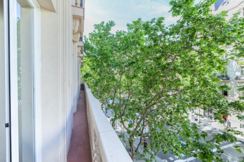 Apartment for rent in Madrid, Spain, 4 bedrooms, 190.00m2, No. 1474 – photo 30