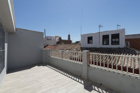 Penthouse for sale in Malaga, Spain, 4 bedrooms, 185.00m2, No. 2297 – photo 3
