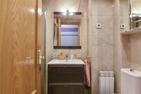Apartment for sale in Madrid, Spain, 3 bedrooms, 98.00m2, No. 1682 – photo 5