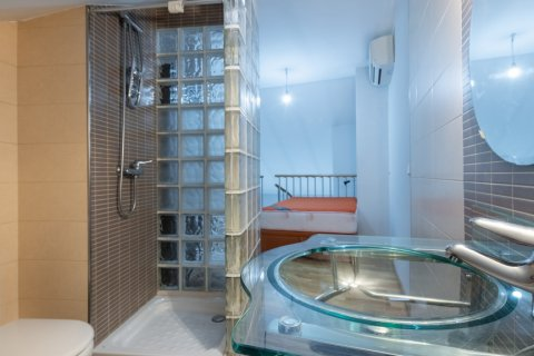 Apartment for sale in Madrid, Spain, 1 bedroom, 47.00m2, No. 2524 – photo 24