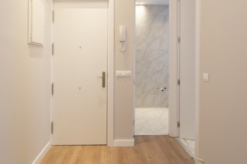 Apartment for sale in Madrid, Spain, 2 bedrooms, 63.00m2, No. 2509 – photo 15
