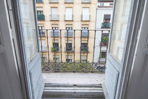 Apartment for sale in Madrid, Spain, 3 bedrooms, 111.00m2, No. 2183 – photo 1