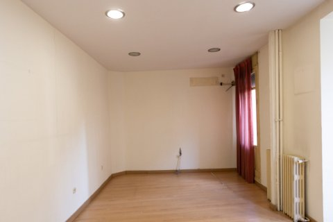 Apartment for sale in Madrid, Spain, 3 bedrooms, 120.00m2, No. 2439 – photo 3