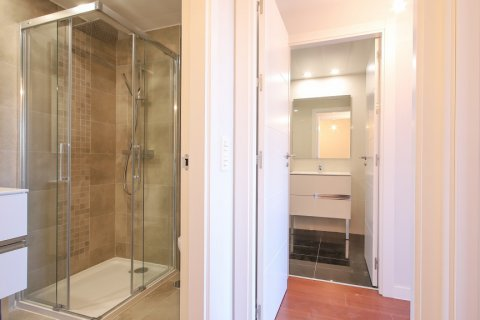 Apartment for rent in Madrid, Spain, 2 bedrooms, 95.00m2, No. 2716 – photo 23