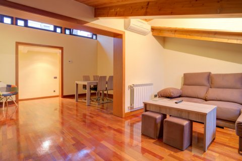 Apartment for sale in Madrid, Spain, 2 bedrooms, 122.00m2, No. 2129 – photo 14