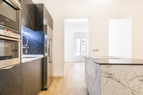 Apartment for sale in Madrid, Spain, 3 bedrooms, 139.00m2, No. 2700 – photo 7
