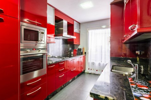 Apartment for sale in Madrid, Spain, 4 bedrooms, 202.00m2, No. 2710 – photo 14