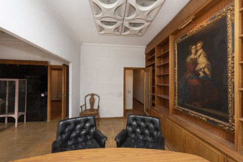 Apartment for sale in Madrid, Spain, 4 bedrooms, 129.00m2, No. 2307 – photo 4