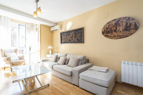 Apartment for sale in Madrid, Spain, 3 bedrooms, 93.00m2, No. 2248 – photo 5