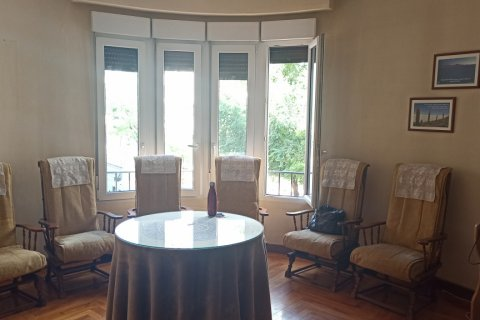 Apartment for rent in Madrid, Spain, 12 bedrooms, 400.00m2, No. 2350 – photo 14