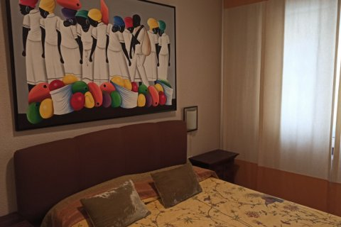 Apartment for rent in Madrid, Spain, 3 bedrooms, 170.00m2, No. 2047 – photo 18