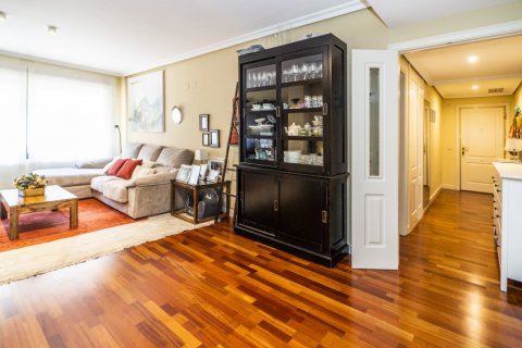 Apartment for sale in Madrid, Spain, 3 bedrooms, 132.00m2, No. 1694 – photo 8