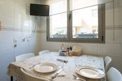 Apartment for sale in Madrid, Spain, 4 bedrooms, 171.00m2, No. 2442 – photo 15