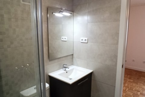 Apartment for rent in Madrid, Spain, 1 bedroom, 55.00m2, No. 2610 – photo 6