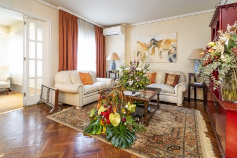 Apartment for sale in Madrid, Spain, 4 bedrooms, 189.00m2, No. 2370 – photo 4
