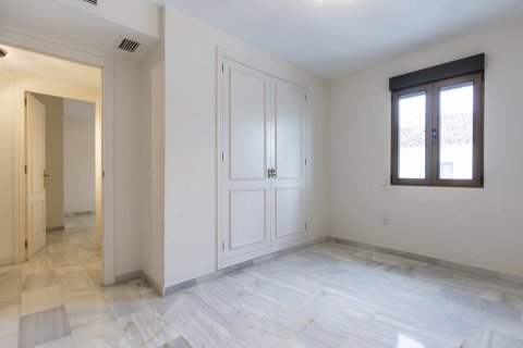 Penthouse for sale in Marbella, Malaga, Spain, 2 bedrooms, 135.73m2, No. 2019 – photo 11