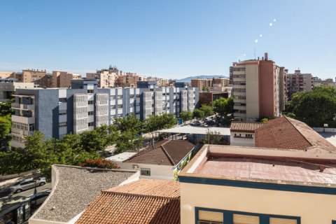 Apartment for sale in Malaga, Spain, 5 bedrooms, 114.00m2, No. 2515 – photo 2