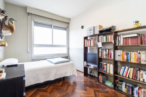 Apartment for sale in Madrid, Spain, 4 bedrooms, 189.00m2, No. 2370 – photo 23