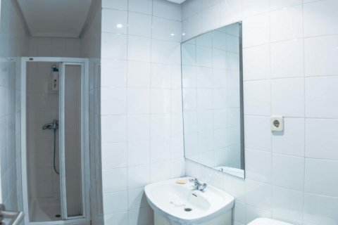 Apartment for sale in Madrid, Spain, 4 bedrooms, 230.00m2, No. 1672 – photo 24