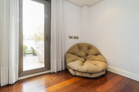 Penthouse for sale in Madrid, Spain, 3 bedrooms, 239.00m2, No. 1699 – photo 30