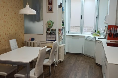 Apartment for rent in Madrid, Spain, 4 bedrooms, 185.00m2, No. 2456 – photo 5