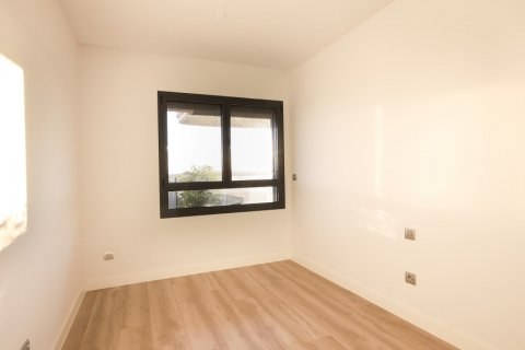 Apartment for sale in Madrid, Spain, 4 bedrooms, 200.00m2, No. 2361 – photo 24