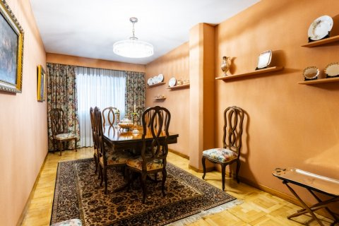 Apartment for sale in Madrid, Spain, 6 bedrooms, 355.00m2, No. 2376 – photo 23