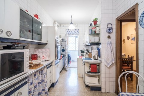 Apartment for sale in Madrid, Spain, 6 bedrooms, 291.00m2, No. 2275 – photo 16