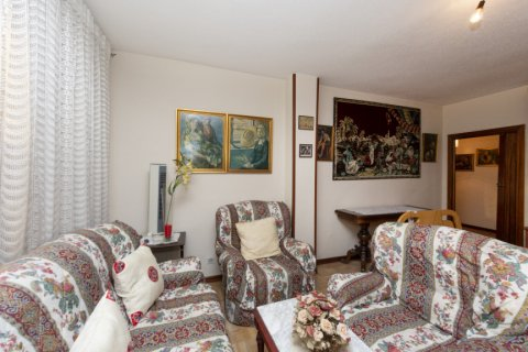 Apartment for sale in Madrid, Spain, 3 bedrooms, 90.00m2, No. 2414 – photo 4