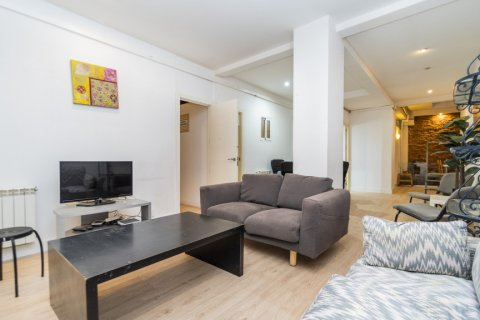 Apartment for sale in Madrid, Spain, 4 bedrooms, 160.00m2, No. 1471 – photo 20