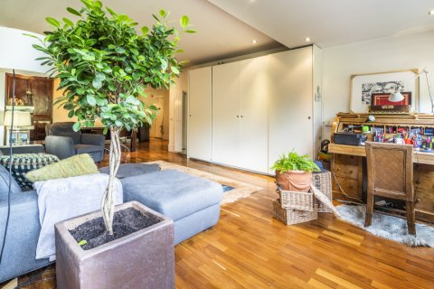 Apartment for sale in Madrid, Spain, 4 bedrooms, 200.00m2, No. 2162 – photo 9