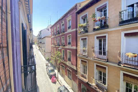 Apartment for rent in Madrid, Spain, 2 bedrooms, 100.00m2, No. 1605 – photo 4
