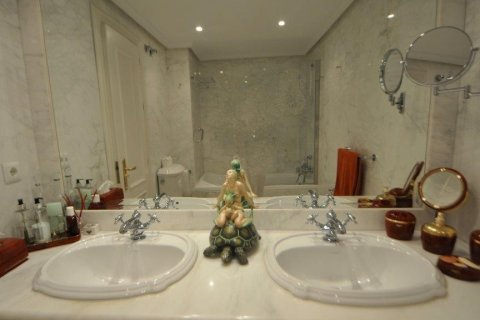 Penthouse for sale in Torremolinos, Malaga, Spain, 3 bedrooms, 331.00m2, No. 2459 – photo 17