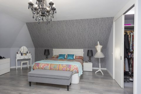 Apartment for sale in Parla, Madrid, Spain, 3 bedrooms, 133.00m2, No. 2615 – photo 19