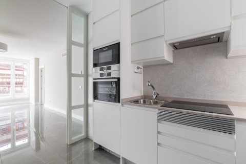 Apartment for sale in Madrid, Spain, 3 bedrooms, 93.00m2, No. 2039 – photo 4
