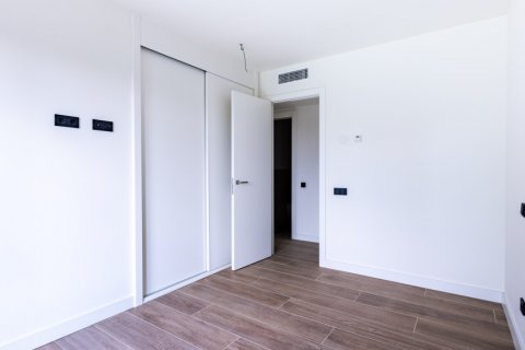 Apartment for sale in Madrid, Spain, 3 bedrooms, 168.00m2, No. 2464 – photo 17